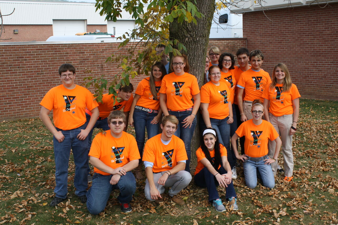 2014 Ad Art class in their Dress Down Day T-Shirts