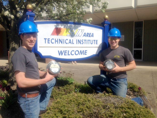 Electrical Students Ryan Combs and Colton Snook
