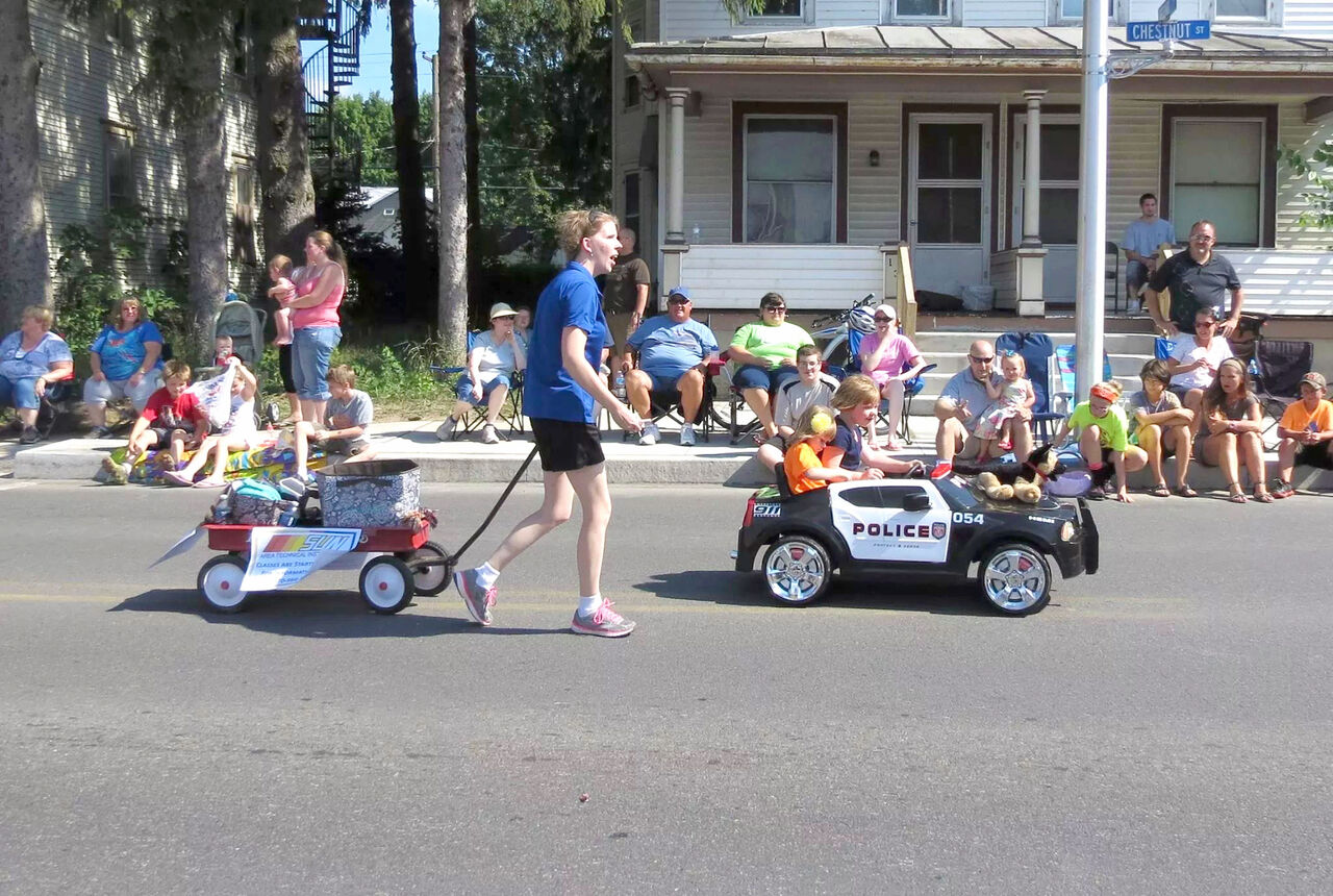 The Struble Family in the Mifflinburg Parade